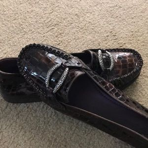 Patent croco loafer